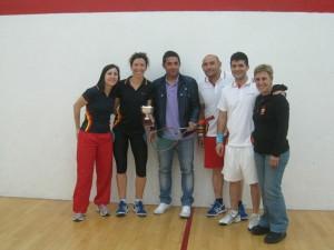 SquashLigaMadridJuligansB01 300x225 Club Squash Sanse Campeón de la Liga de Madrid de Squash 2013